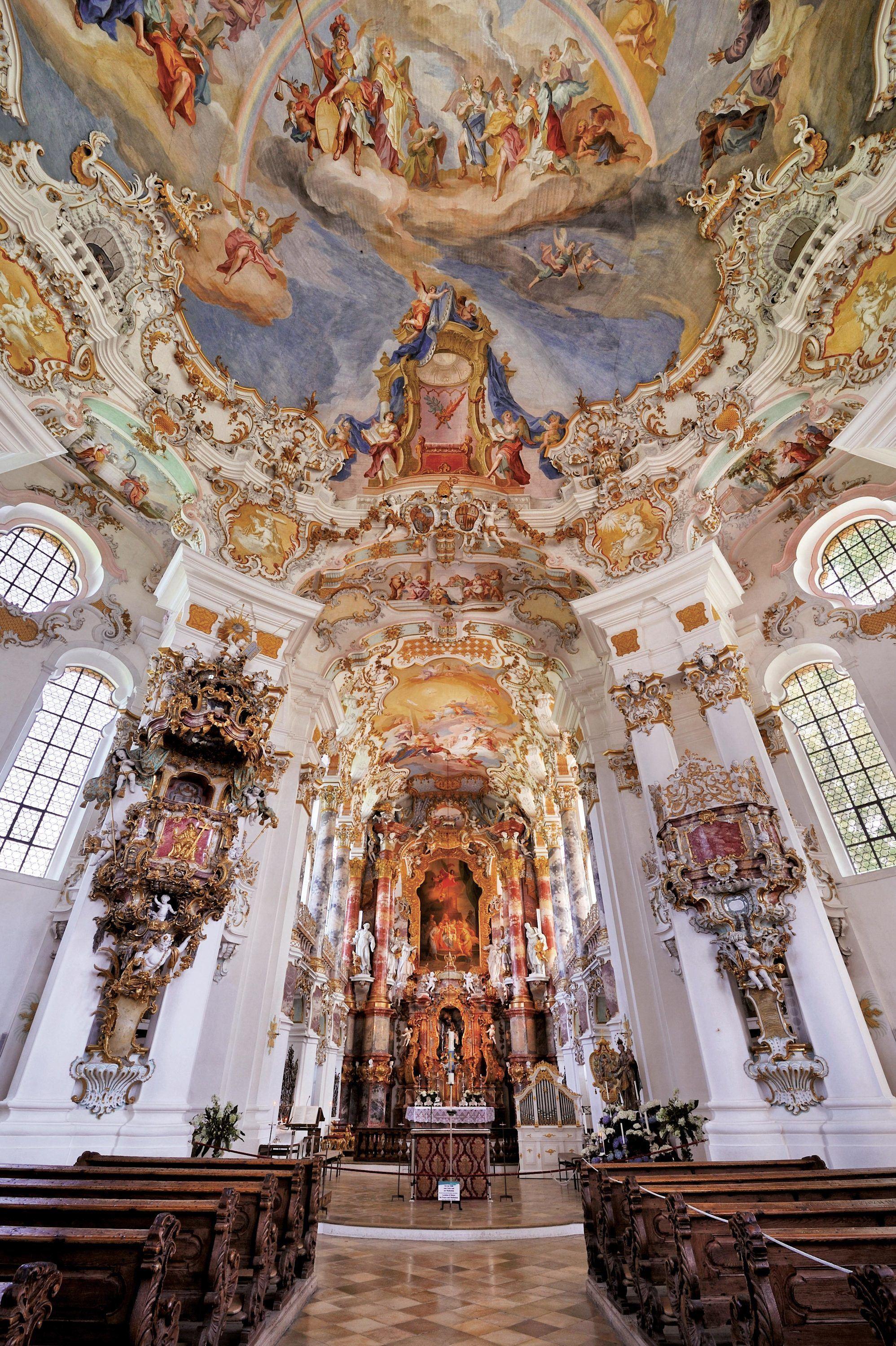 Vue intérieure de l'église de Wies (Bavière)