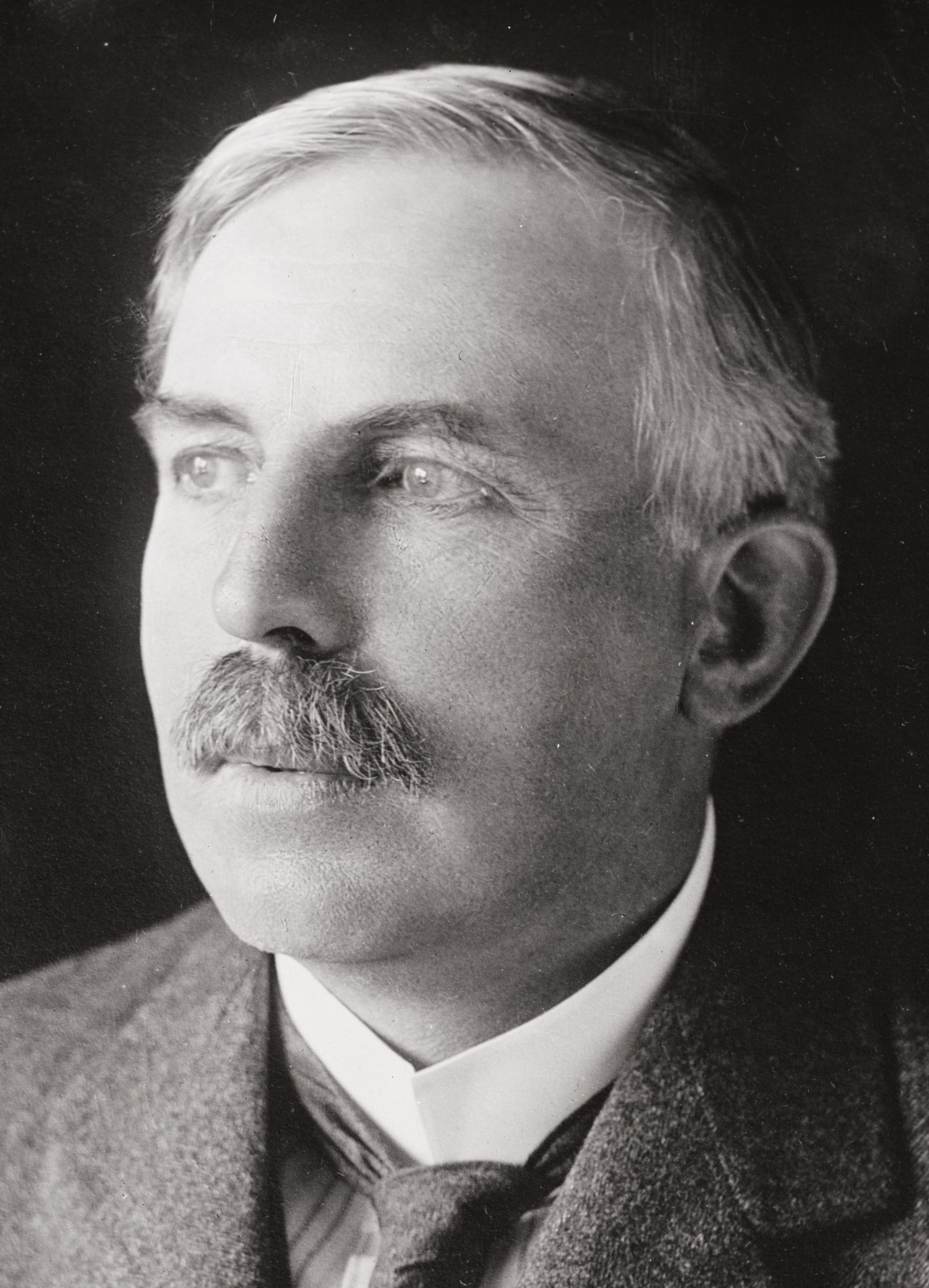 ▲ Ernest Rutherford (1871-1937)