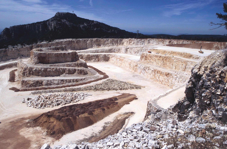 Une carrière de calcaire dans le nord de la France.