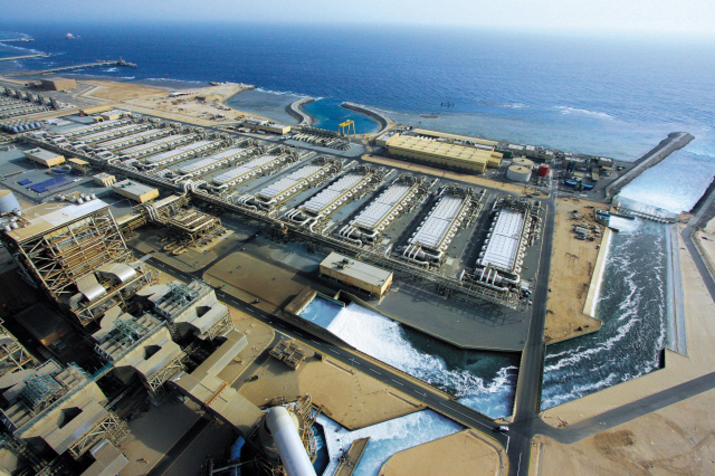 Une usine de dessalement de l'eau de mer en Arabie saoudite.