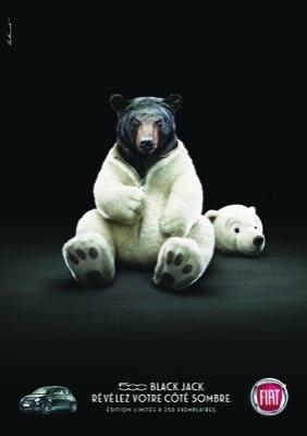 Un ours déguisé